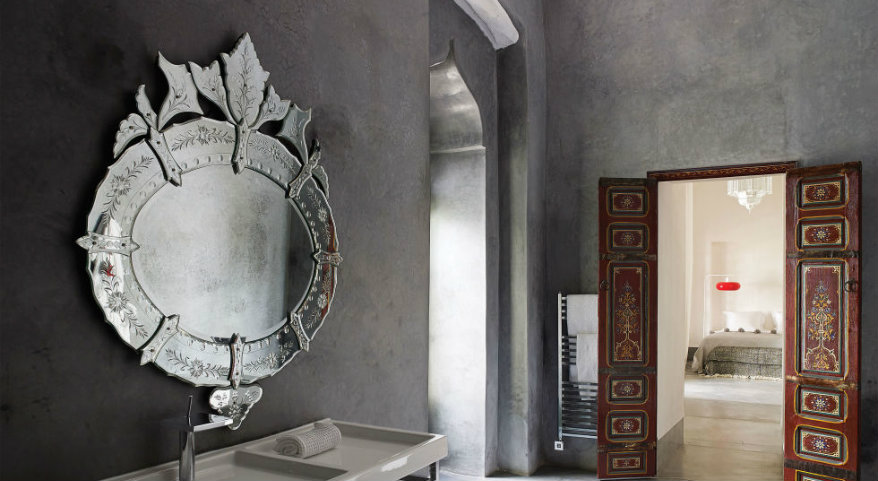 9 Luxurious Wall Mirror Ideas for Your Bathroom Design