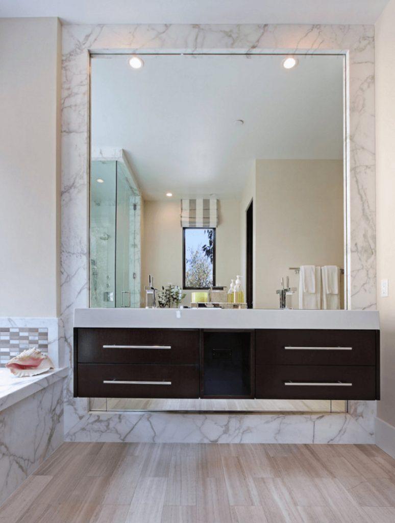 wallmirror2 bathroom decor Personalize Your Bathroom Decor with Fabulous Wall Mirrors wallmirror2