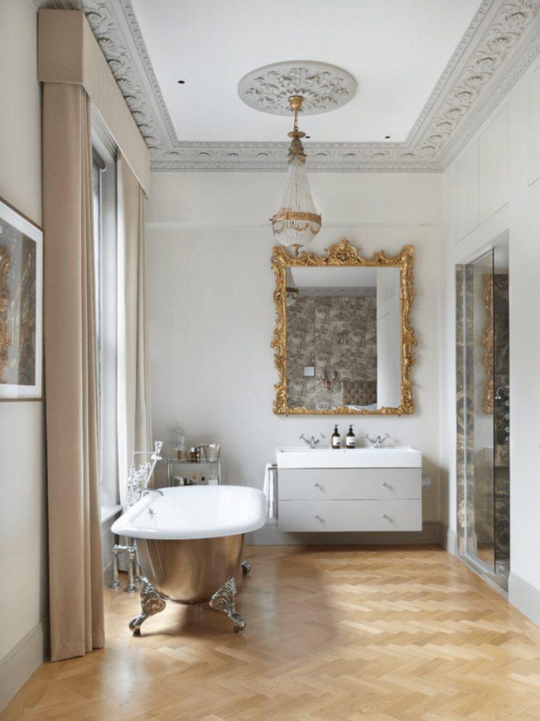 wallmirror3 bathroom decor Personalize Your Bathroom Decor with Fabulous Wall Mirrors wallmirror3