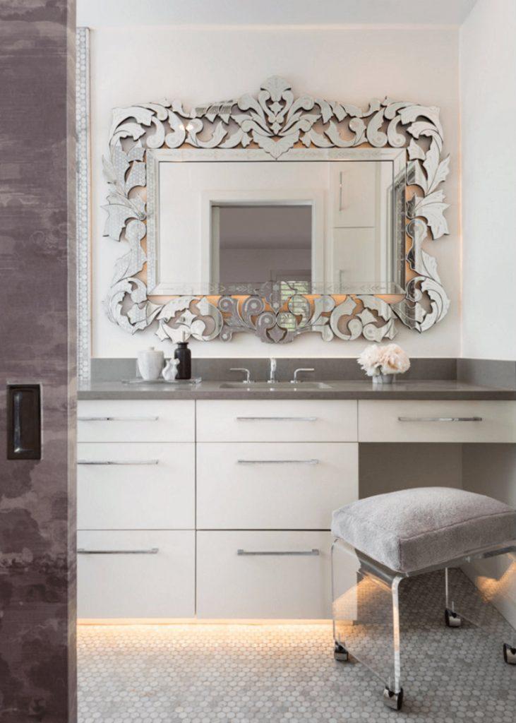 wallmirror5 bathroom decor Personalize Your Bathroom Decor with Fabulous Wall Mirrors wallmirror5