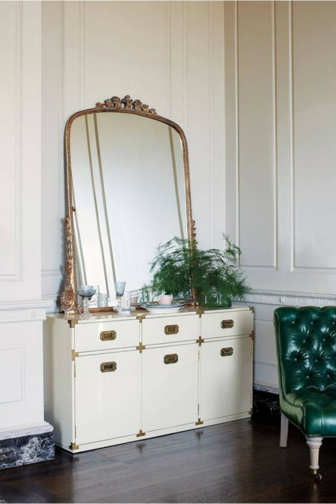 The Best Luxury Mirrors for Contemporary Bedrooms luxury mirrors The Best Luxury Mirrors for Contemporary Bedrooms wallmirrors6