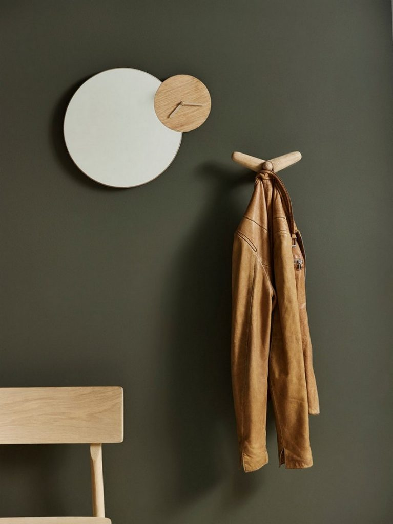 _oud_16.09.29_studie68440_Time_atch_Tail_ing_Pause Woud Ambitious Wall Mirrors Designs by Danish Brand Woud oud 16