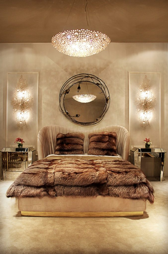A Curated Exhibition of 25 Wall Mirrors to Die For KK Bedroom 5