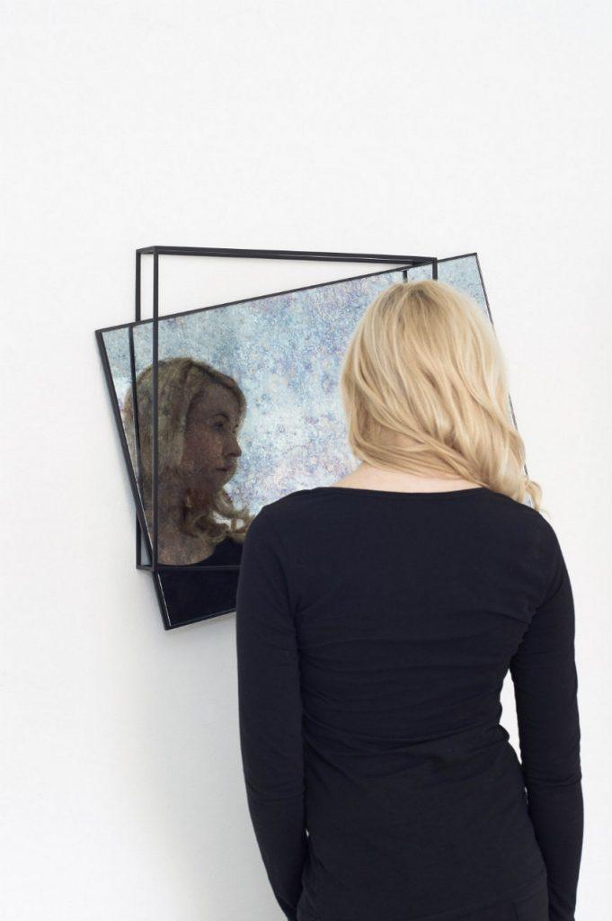 meike harde 4 Meike Harde Providing a Dual Function to Wall Mirrors with Meike Harde meike harde 4