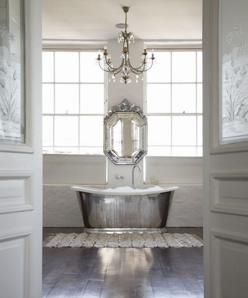 venetian mirrors 25 Astounding and Original Venetian Mirrors source alexandra campbell interiors