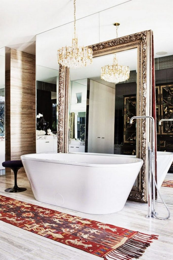 10 Oversized Mirrors that Are the Perfect Match to Any Bathroom Set oversized mirrors 10 Oversized Mirrors that Are the Perfect Match to Any Bathroom Set 10 Oversized Mirrors that Are the Perfect Match to Any Bathroom Set 2 683x1024