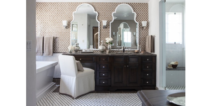 Interior Design Tips – The Do's and Don't's of Mirror Placement 8 interior design tips Interior Design Tips – The Do's and Don't's of Mirror Placement Interior Design Tips     The Do   s and Don   ts of Mirror Placement 8