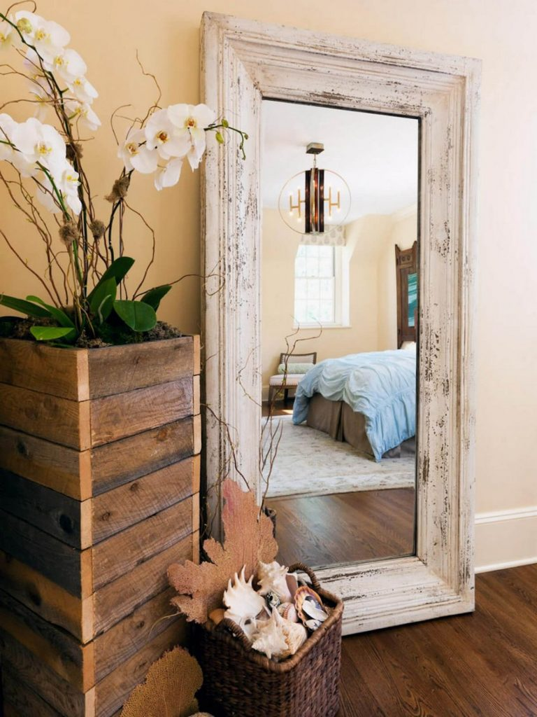 Be Astonished by the Boldest Bedroom Mirrors You Will Ever See on Mirrors Next To Bed  id=55632