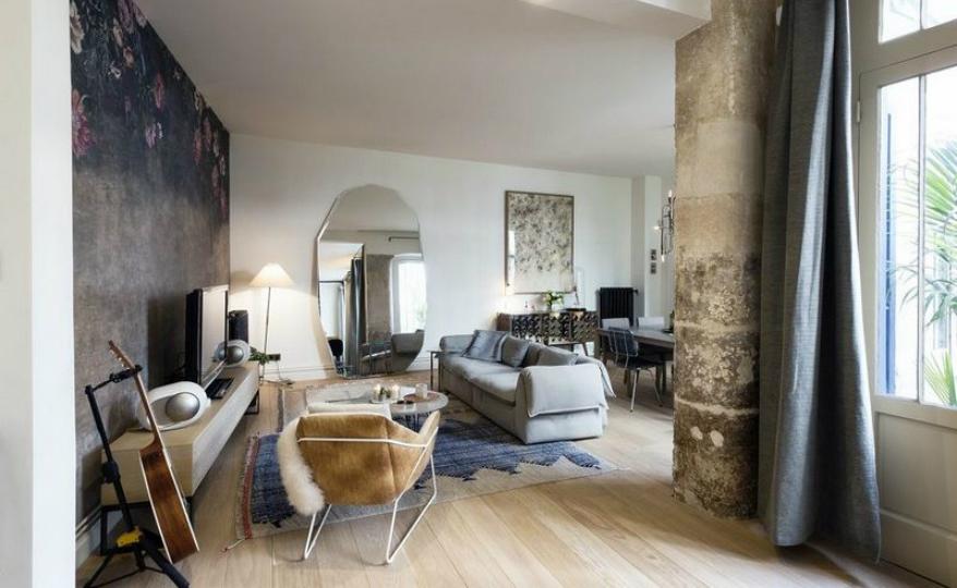 featured modern home An Extraordinary Parisian Modern Home by 10 Sur Dix Design Studio featured