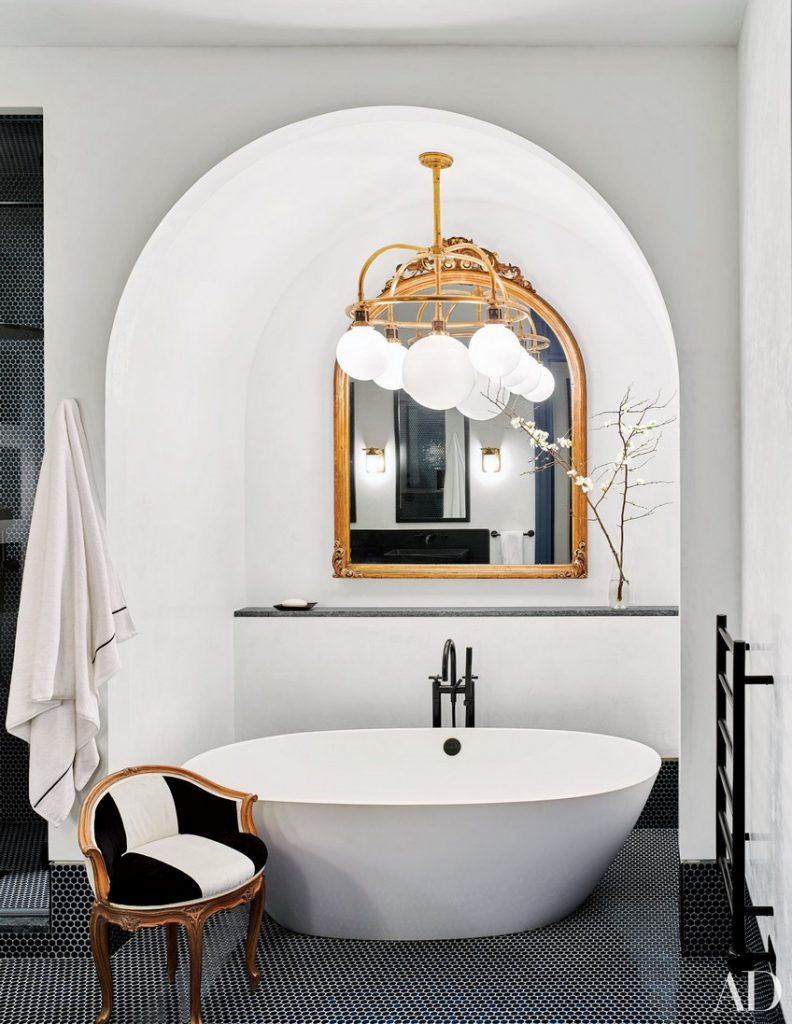 Know How to Make a Statement in Your Bathroom Set with Wall Mirrors 5 wall mirrors Know How to Make a Statement in Your Bathroom Set with Wall Mirrors Know How to Make a Statement in Your Bathroom Set with Wall Mirrors 5