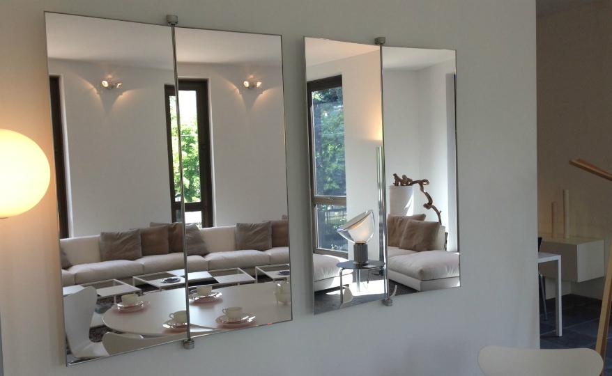 Discover a Minimalist Mirror Design by Italian Brand De Padova