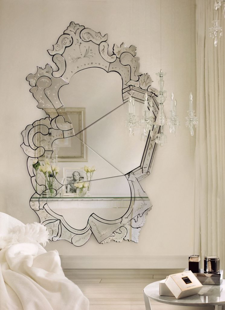 Transform Your Home Décor Through Contemporary Mirrors contemporary mirrors Transform Your Home Décor Through Contemporary Mirrors 03f444982aa5a2bbd566a9ac64641c0d
