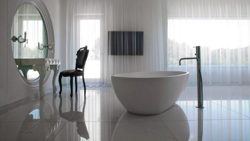 Be Amazed by the Top Interior Designers Selection of Mirrors top interior designers mirrors Be Amazed by the Top Interior Designers Selection of Mirrors Private Client Casa Son Vita 14 e1553528202728