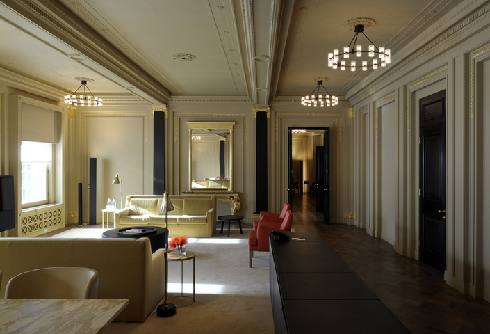 5 London Based Designers And Their Mirror Displays  london based interior designers 5 London Based Designers And Their Mirror Displays david chipperfield architects 2
