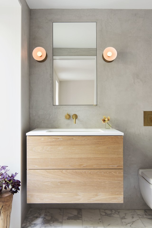 Find The Perfect Mirror To Transform Your Bathroom mirror bathroom Find The Perfect Mirror To Transform Your Bathroom elizabeth roberts brooklyn home 07