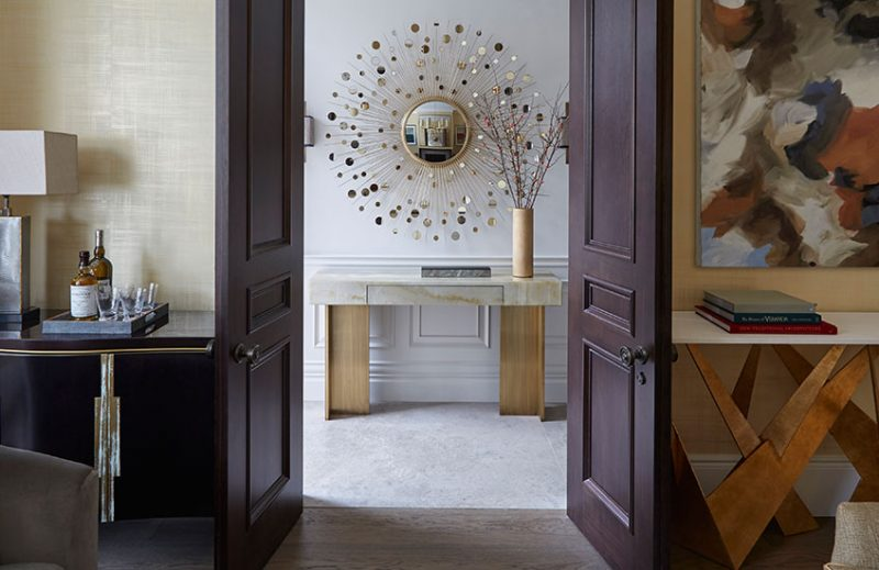 The Best Selection Of Mirrors By Top Interior Designers best selection mirrors The Best Selection Of Mirrors By Top Interior Designers helen green e1551459061948