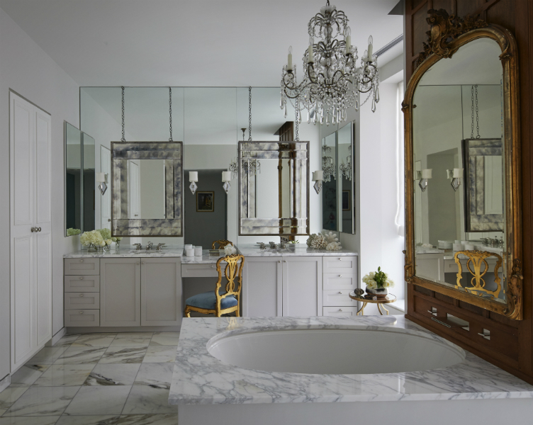 Be Amazed By These Mirror Choices From Top Interior Designers top interior designers Be Amazed By These Mirror Choices From Top Interior Designers nate berkus