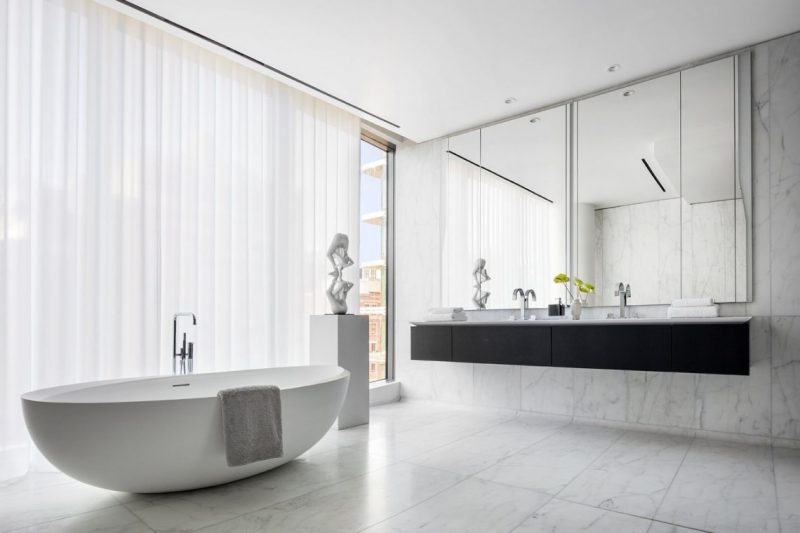 5 London Based Designers And Their Mirror Displays  london based interior designers 5 London Based Designers And Their Mirror Displays zaha hadid e1552988377274