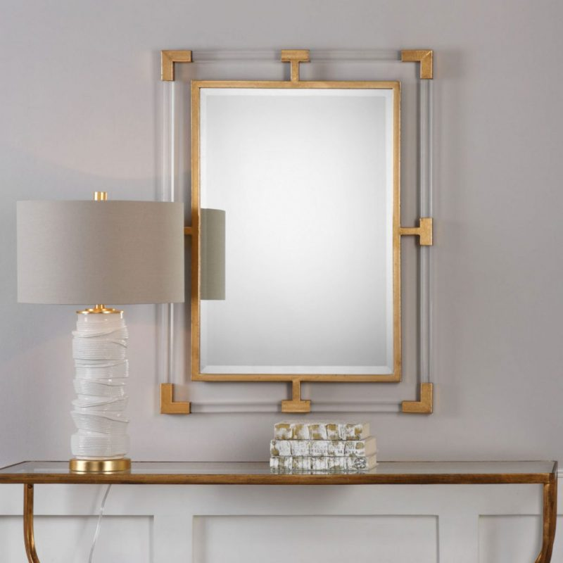 Gold Accents, An Incredible Trend For Luxurious Mirrors gold accents Gold Accents, An Incredible Trend For Luxurious Mirrors 7969124 1 e1554457078334