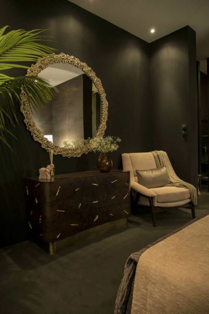 Exquisite Wall Mirrors And Their Spectacular Features wall mirrors Sophisticated Wall Mirrors And Their Spectacular Features 3996db720d9a943a46d0ee99a9ae022c