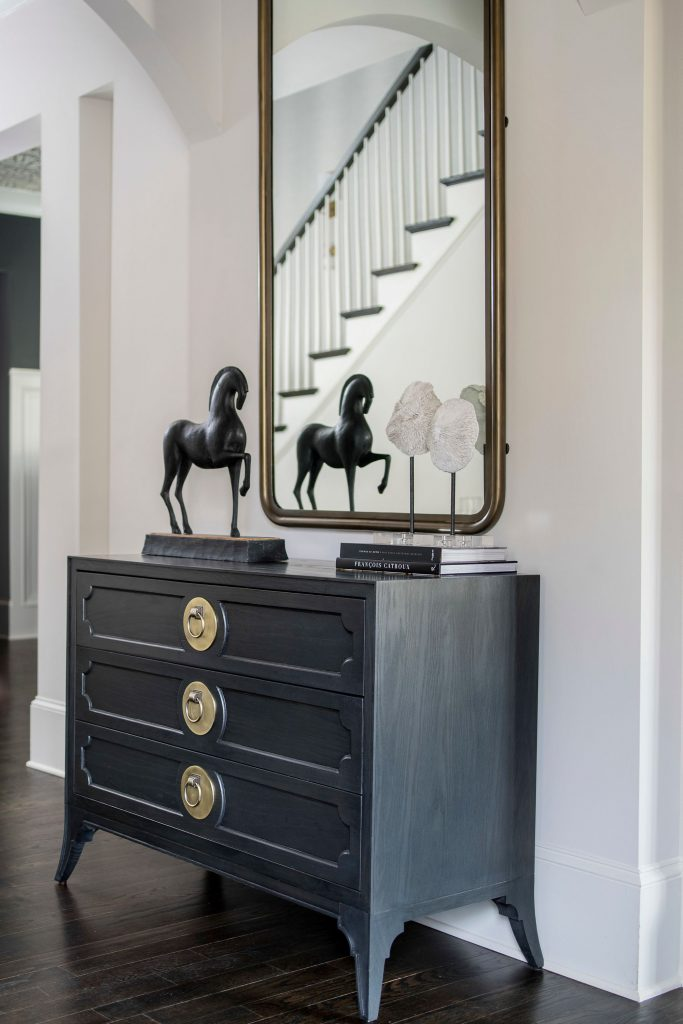 Admire These Eccentric Mirrors Choices From Pineapple House pineapple house Admire These Eccentric Mirrors Choices From Pineapple House Troline 003