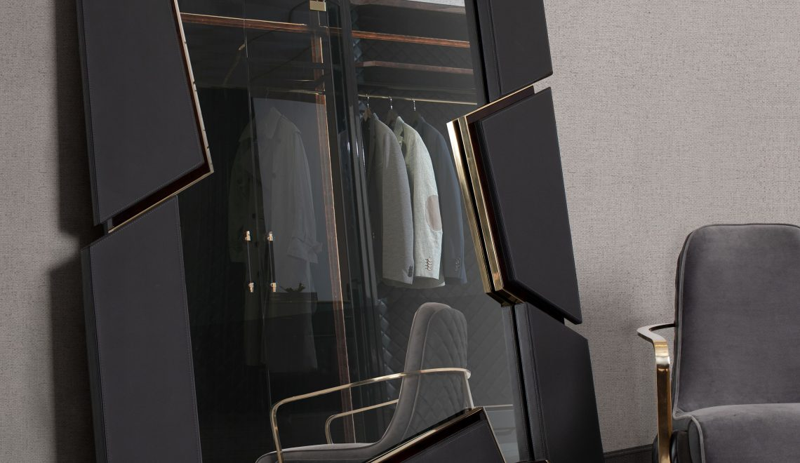 Fall In Love With This Top Luxury Brand's Mirror Novelties