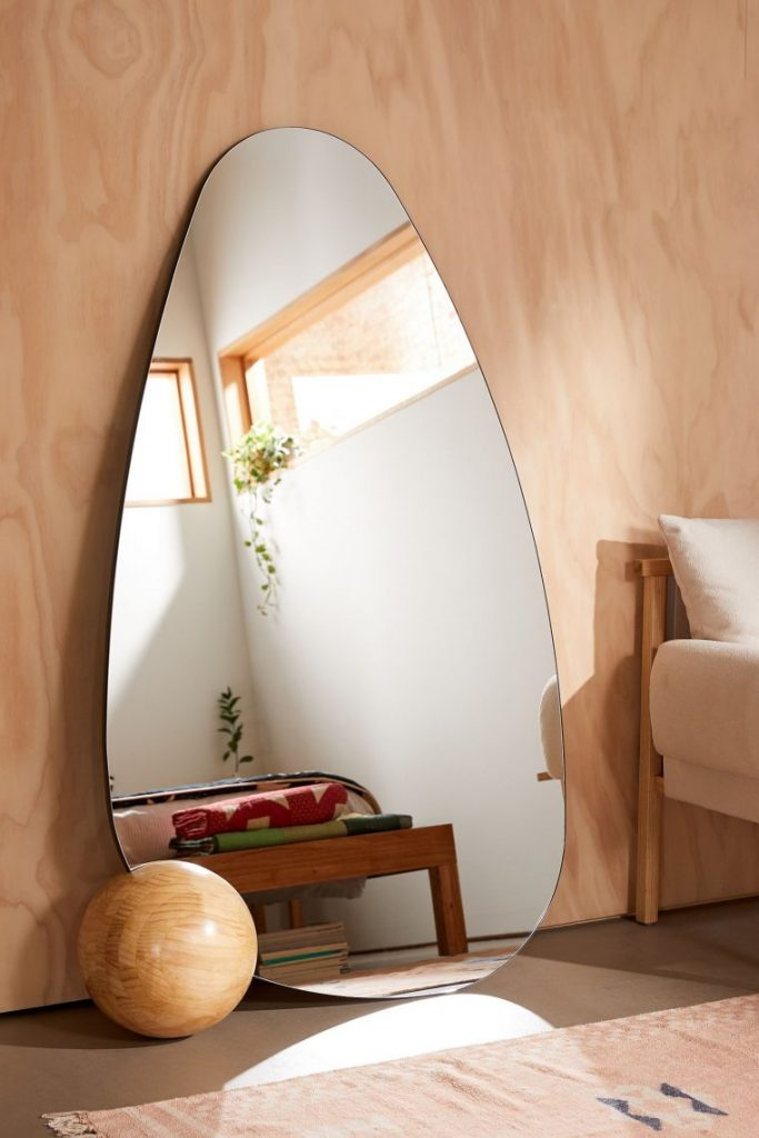 These Are The Best Wall Mirrors According To Interior Designers wall mirrors These Are The Best Wall Mirrors According To Interior Designers best wall mirrors according interior designers 2 scaled
